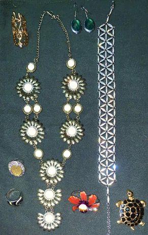 Украшения, бижутерия, кольца, браслеты