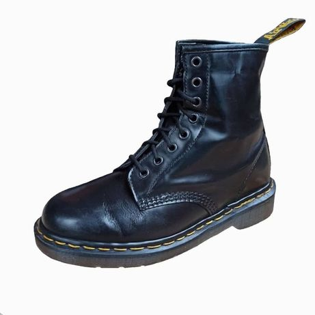 dr. martens 1460 black smooth leather lace up boots