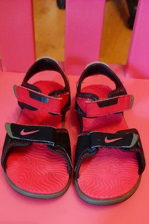 Sandałki Nike r.27.5