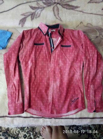 Рубашки школьные(2шт) на мальчика.