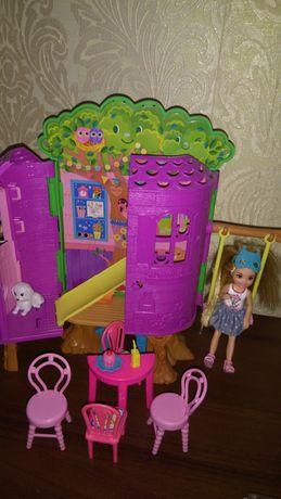 Игровой набор с куклой Barbie домик на дереве с куклой Челси