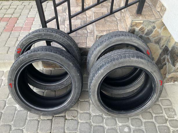 Продам пару зимової гуми 215/45 R17 і віддам покупцю пару всесезонної