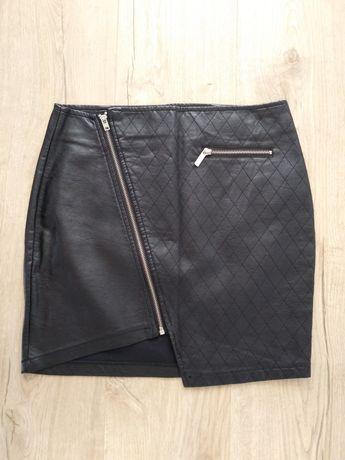 Spódnica Amisu ze skóry ekologicznej