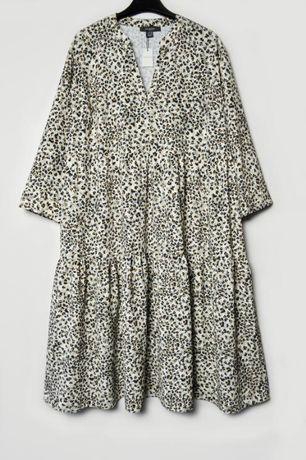 Свободное многоярусное платье со сборками