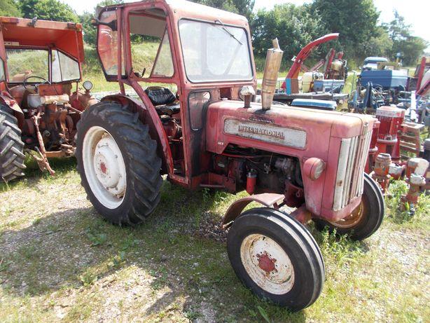 Ciągnik rolniczy international mccormick