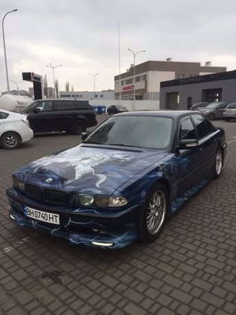 Продам BMW 740! Individual