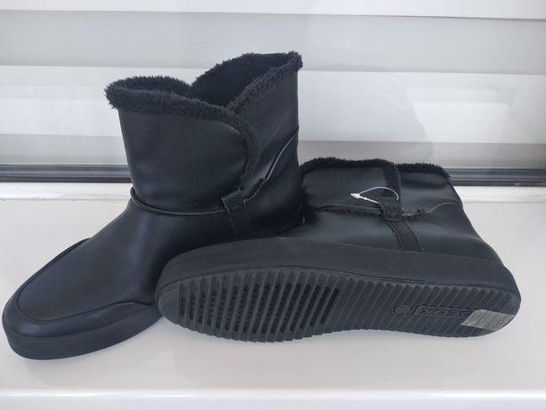 Осінньо-зимові жіночі черевички Geox