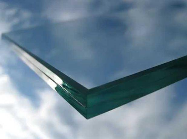 Продам стеклопакеты триплекс размеры разные б/у