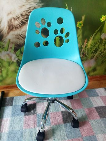 Fotel krzesło obrotowe foot , do biurka  dla dziecka