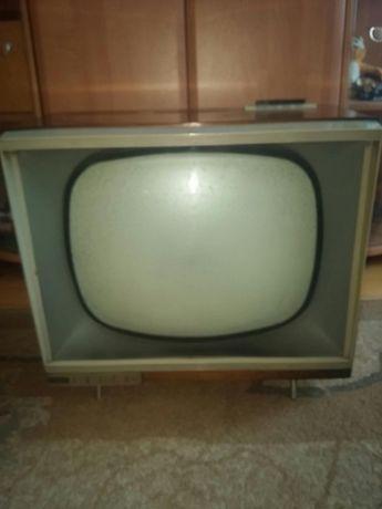 Sprzedam zabytkowy tv TOSCA