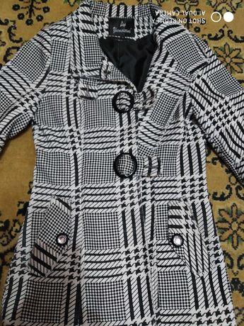 Пальто , полупальто женское