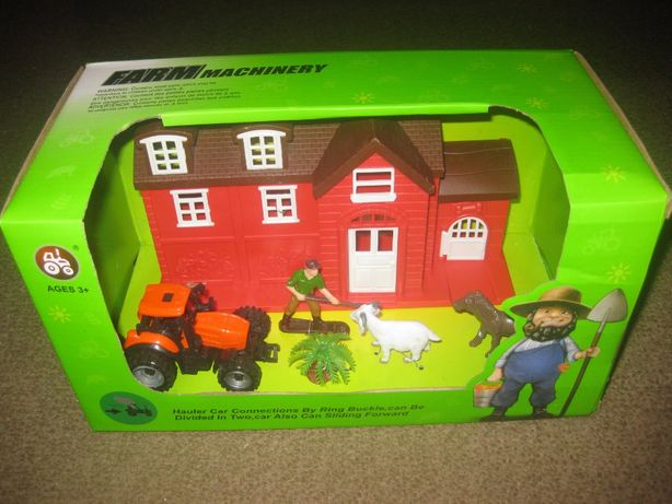"Brinquedo ""Farm Machinery"" Novo e Embalado!"