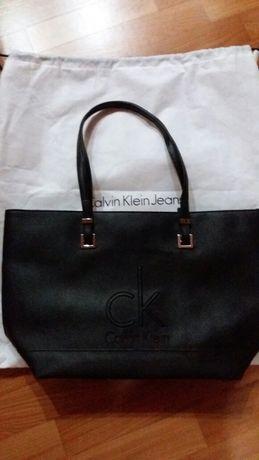 Сумка женская Calvin Klein.