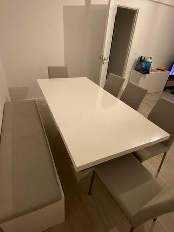 Mesa de Jantar Extensível+5 Cadeiras+Banco almofadado Marca BoConcept