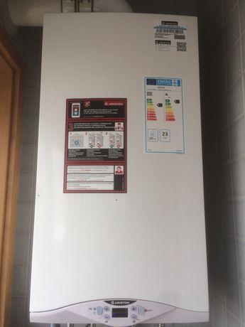 Caldeiras - Ariston/Premium - Condensação - ( Novas )