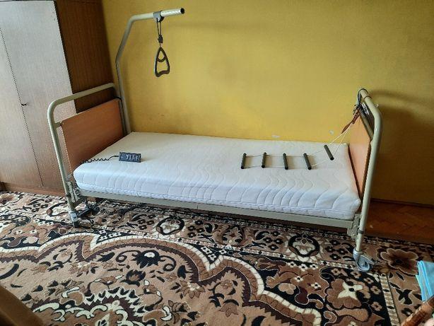 łóżko rehabilitacyjne / szpitalne na pilota dla seniora