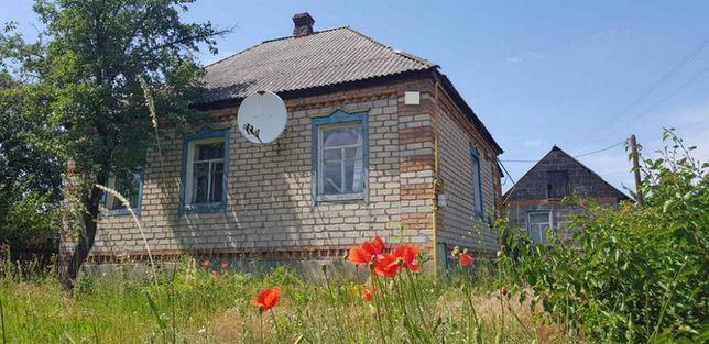 Продам жилой крепкий дом в Змиевском р-не недорого с торгом