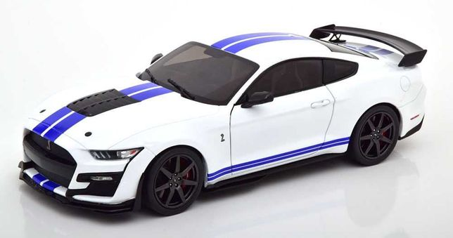 Miniatura 1:18 - Ford Mustang GT 500 FAST TRACK OXFORD WHITE 2020