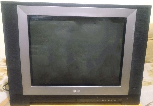 Отдам два нерабочих телевизора LG. Под восстановления или на запчасти.