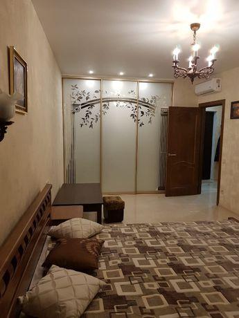 Сдается долгосрочно своя однокомнатная квартира в новострое в Аркадии