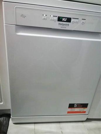 Máquina de Lavar Loiça - Hotpoint