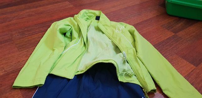 Продам новый спортивный костюм demix sport размер 128. Недорого.