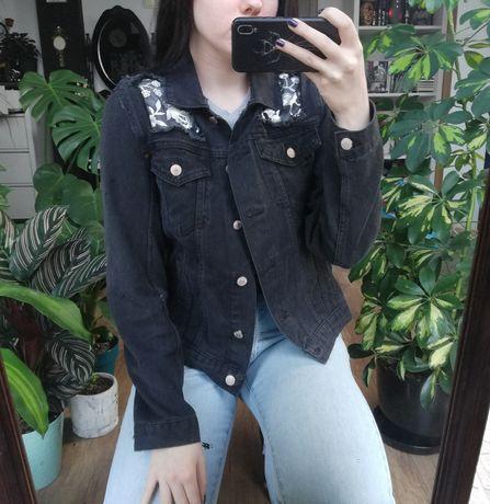 Kurtka jeansowa z kwiatami