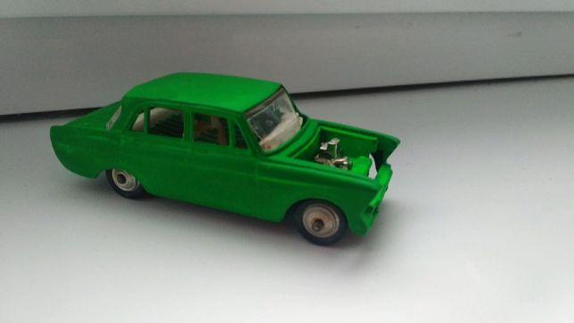 Модель 1:43 москвич 412 А8