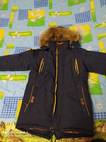 Куртка подростковая зимняя.
