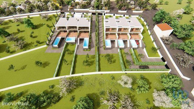 Terreno - 10517 m²