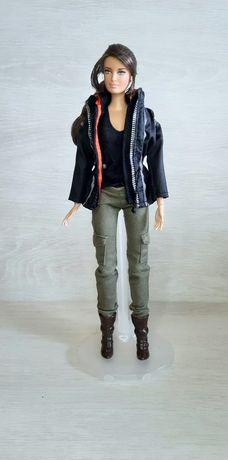 Коллекционная кукла Барби Голодные игры: Сойка-пересмешница Кэтнисс