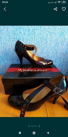 Продам шкіряні туфлі, Польща. Розмір 36