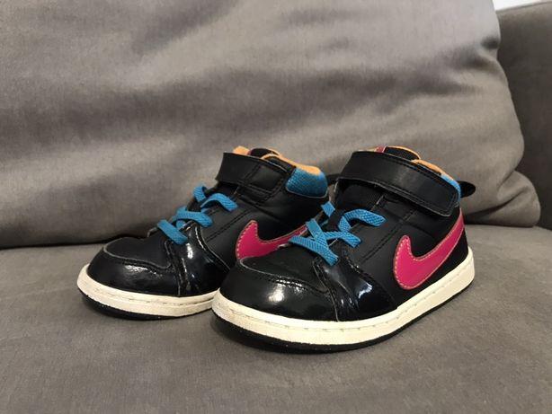 Кроссовки Nike оригинал 16,5 см 26 р