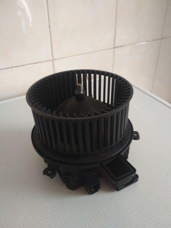 Мотор вентилятор пічки (опалення) для Audi A6, S6 2019 р.