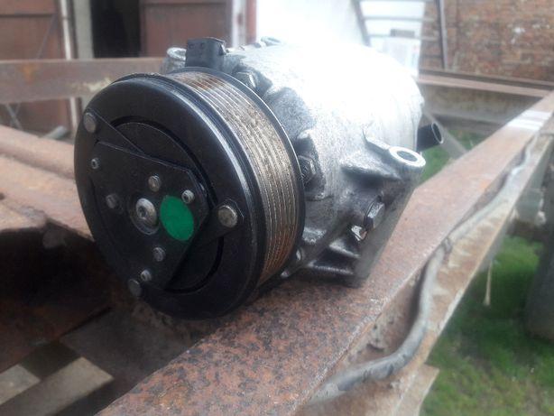 Kompresor Sprężarka Klimatyzacji Renault Espace IV 2.2Dci 7 CVC Master