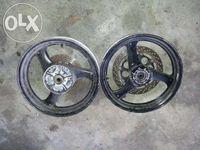 Suzuki bandit 400 peças usadas