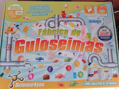 Vendo puzzles e jogos 4 em 1 e kit science 4 you