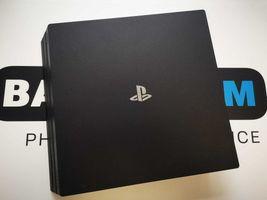 Sklep zadbana konsola PS4 Pro 1TB 2 Pady , Kamera , Gry BalticGSM
