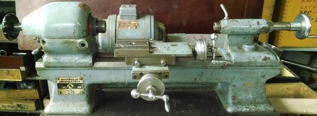 Часовой токарный станок