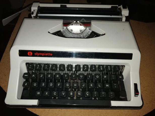 Maquina de escrever VINTAGE OLYMPIETTE