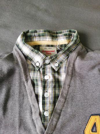 Sweter  chłopięcy z kołnierzem rozmiar s