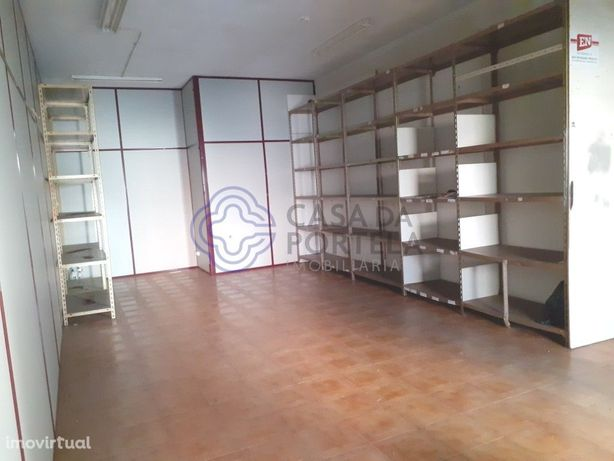 Oportunidade espaço para venda em Vila Nova de Gaia