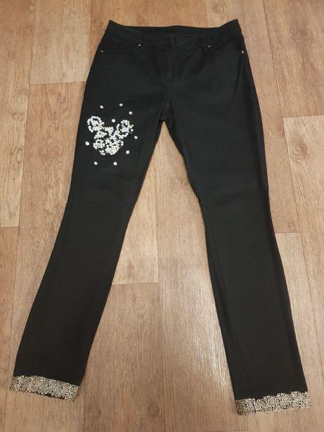 Черные джинсы микки с жемчугом