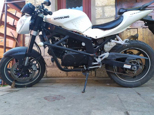 Продам мотоцикл в хорошем состоянии. Типа- стритбайк