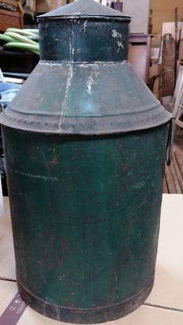Pote metalico, usado no azeite, em bom estado