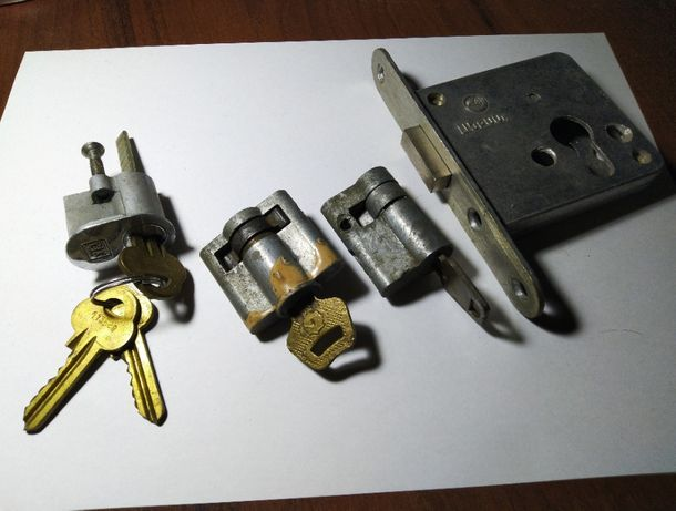 Замок дверной, личинка дверного замка, ключи