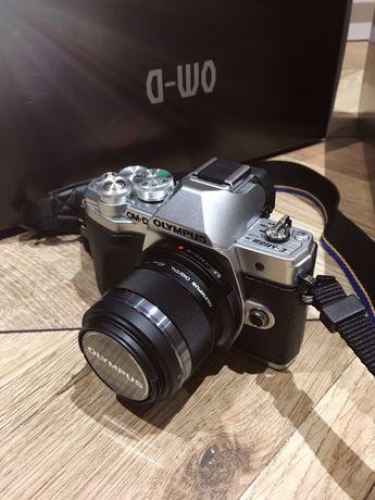 Olympus om-d E-M10 Mark III + Obiektyw 45mm f1.8 m.zuiko