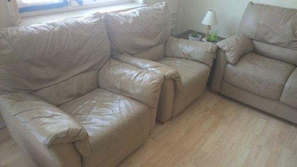 Dwa fotele sprzedam + rozkładana kanapa gratis!