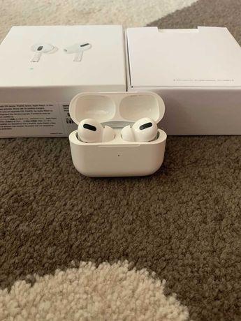 Apple Airpods Pro в отличном состоянии