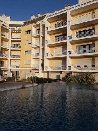 Apartamento T1 - Condomínio fechado em Alcabideche/Cascais
